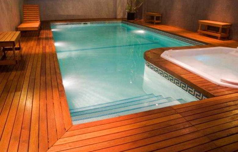 Boutique Zen Suite Hotel & Spa - Pool - 6