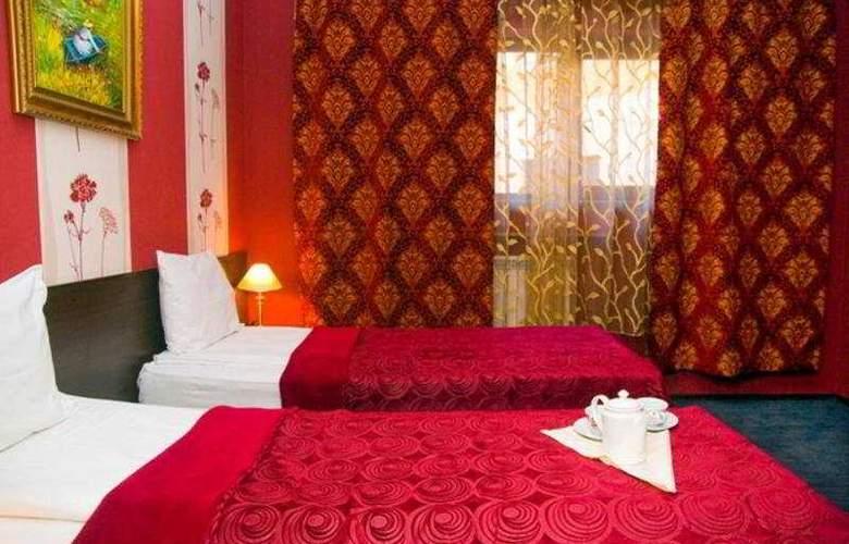 Maxim - Room - 9