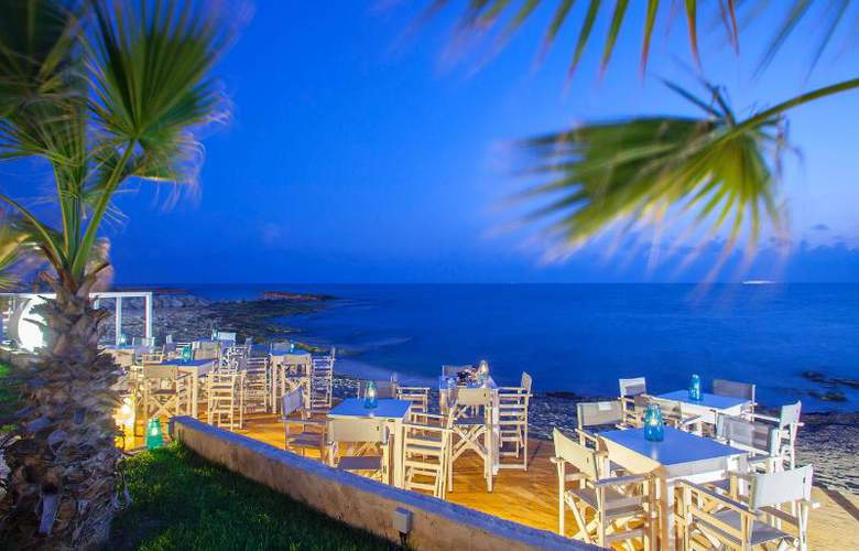 Aquamare Beach Hotel & Spa - Beach - 18