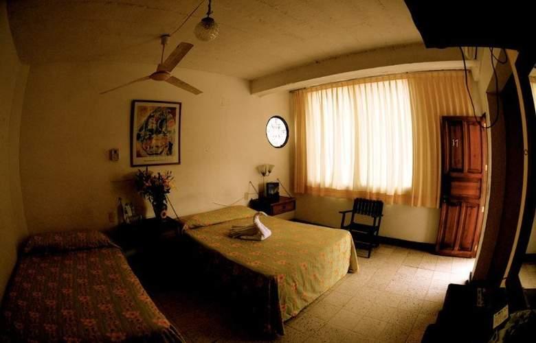 Tradicional Villa del Mar - Room - 0
