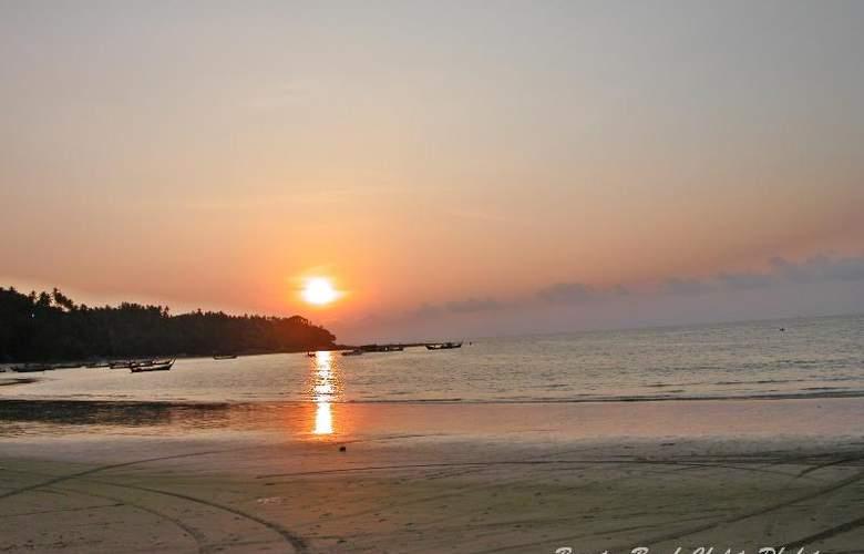 Bangtao Beach Chalet Phuket - Beach - 61