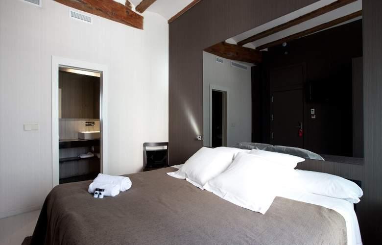 Cosy Rooms Embajador - Room - 1