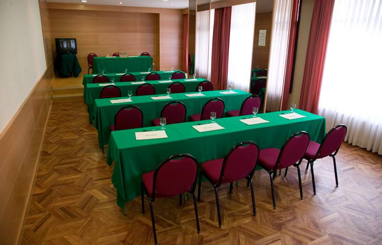 Unzaga Plaza - Conference - 3