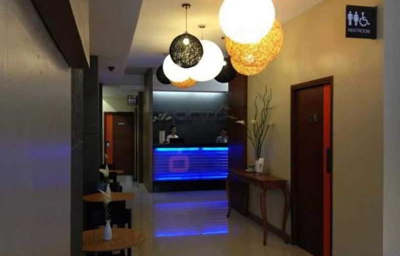 Cuarto Hotel - General - 4