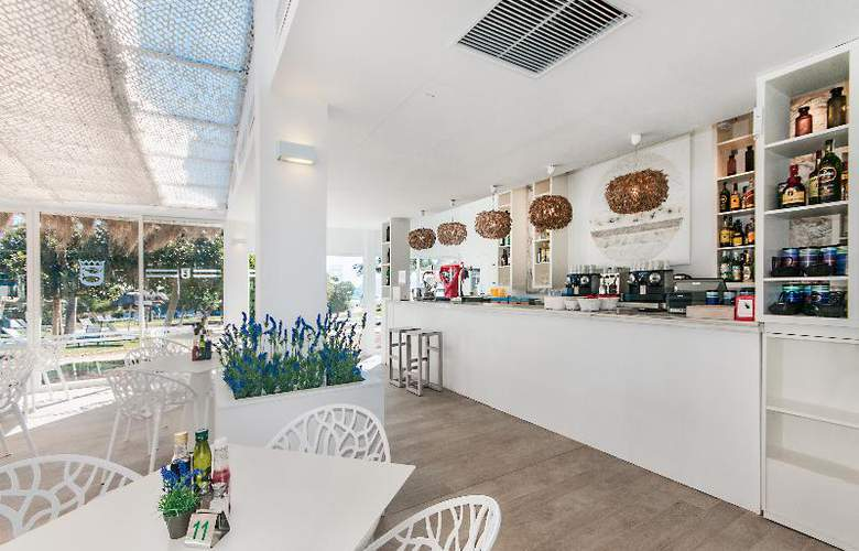 Playa Esperanza - Restaurant - 48