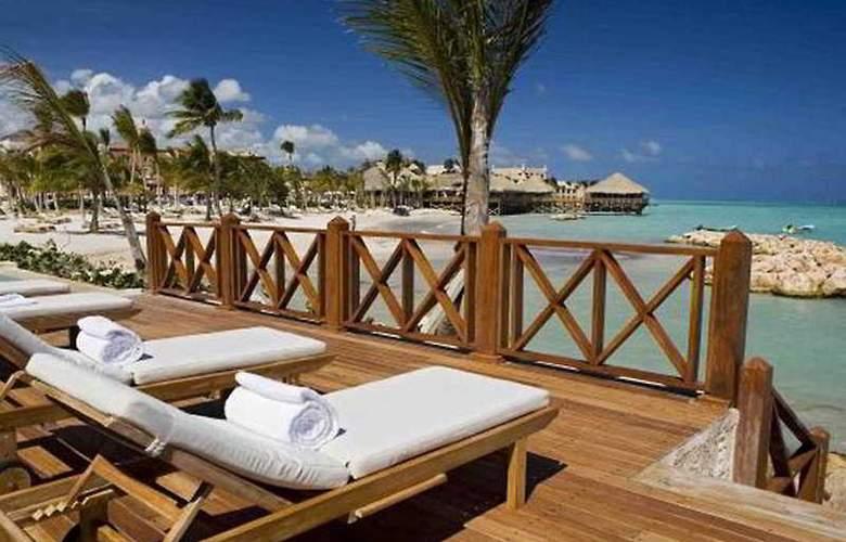 Sanctuary Cap Cana by Playa Hotels & Resorts - Terrace - 11
