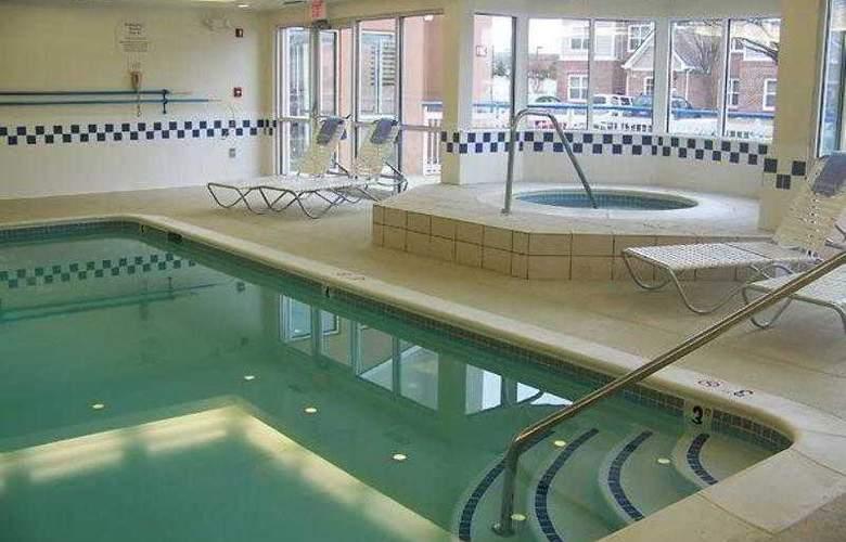 Fairfield Inn & Suites Frederick - Hotel - 8