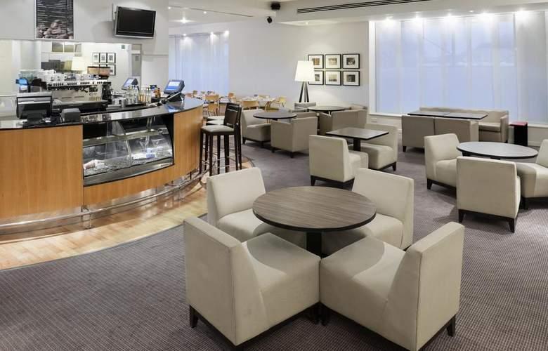 Holiday Inn Edinburgh - Bar - 3