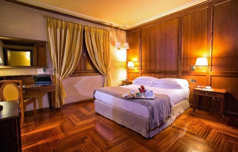 BEST WESTERN Hotel Ferrari - Room - 0