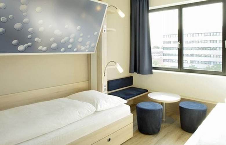 H2 Hotel Berlin Alexanderplatz - Room - 0