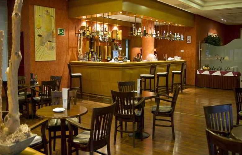 Villamadrid - Bar - 9