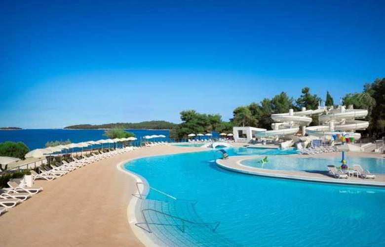 Resort Villas Rubin Apartments - Pool - 3
