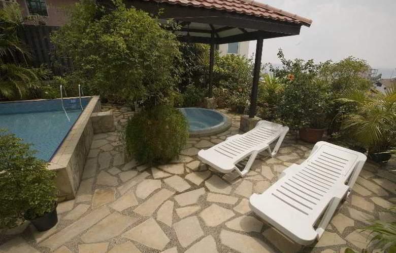 Mookai Hotel & Service Flats Pvt. Ltd - Pool - 7