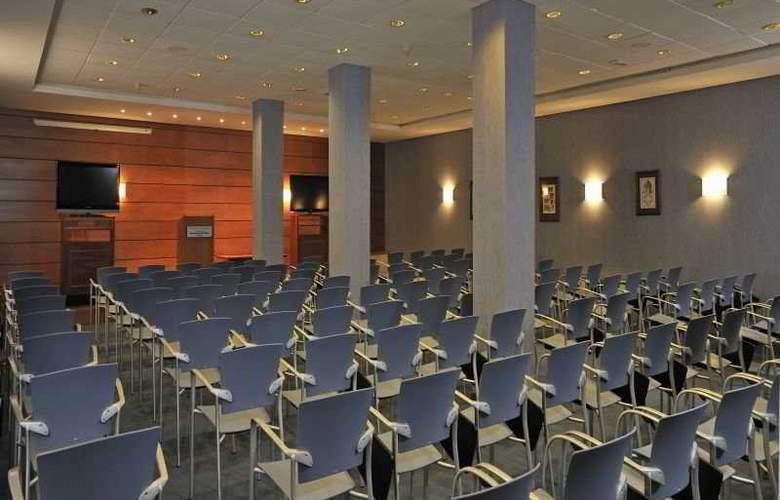 Globales Club Almirante Farragut - Conference - 5