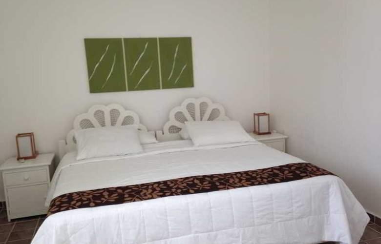 Las Gaviotas Hotel and Suites - Room - 4