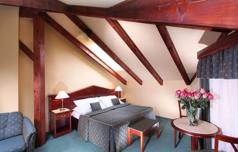 Carlton Hotel - Room - 11