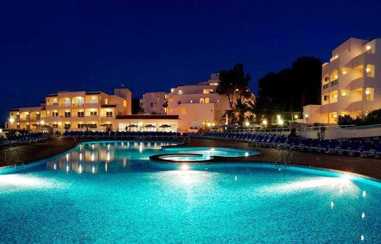 Invisa Hotel Cala Blanca - Pool - 7