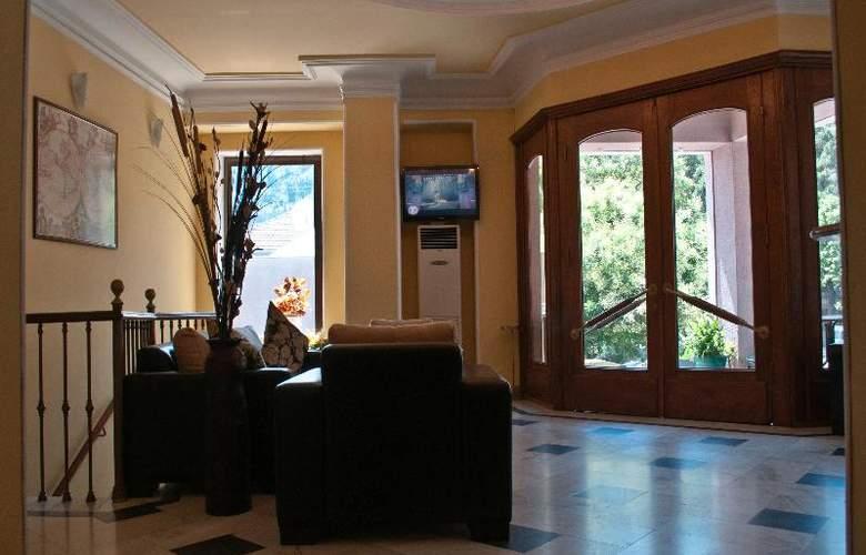 Diplomat Hotel - General - 10