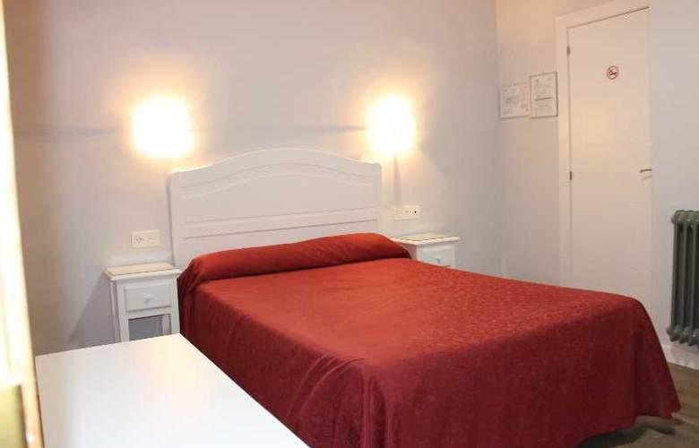 Sonia - Room - 16