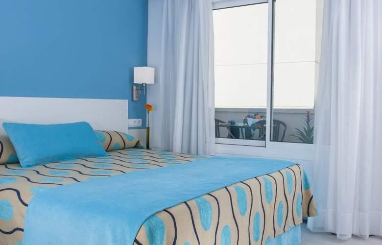 Hoposa Daina Apartamentos - Room - 8