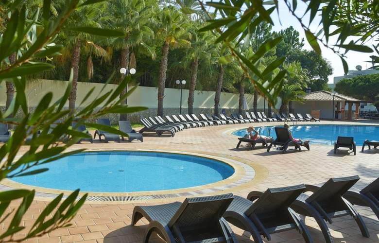 Cheerfulway Balaia Plaza - Pool - 16