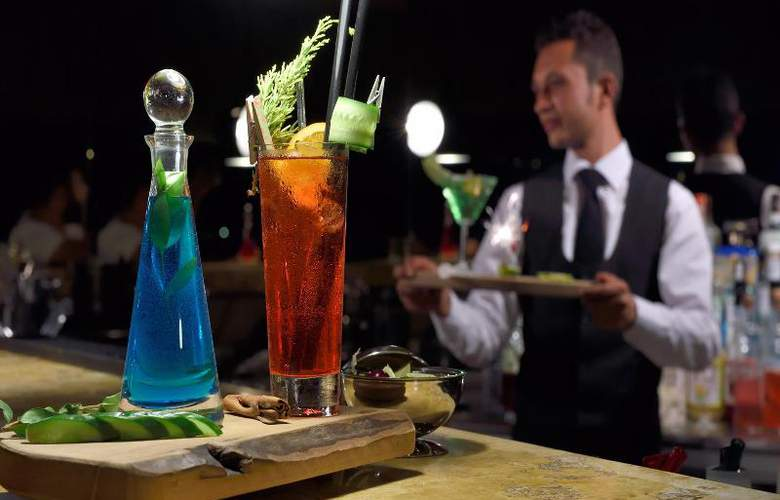 Sedative Boutique Hotel & Spa - Bar - 21