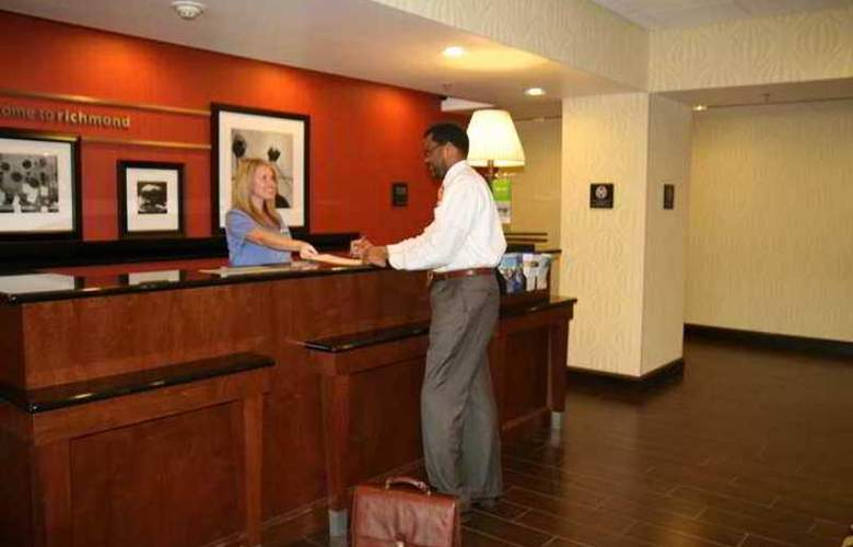 Hampton Inn Richmond - Airport - Hotel - 0
