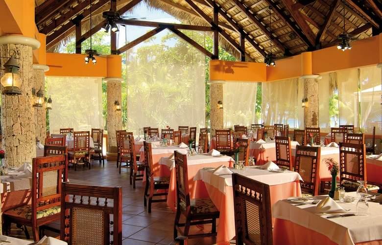 Capella Beach - Restaurant - 24