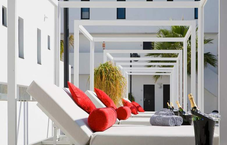 Migjorn Ibiza Suites And Spa - Pool - 16