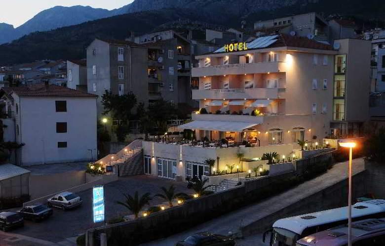 HOTEL ROSINA - Hotel - 10