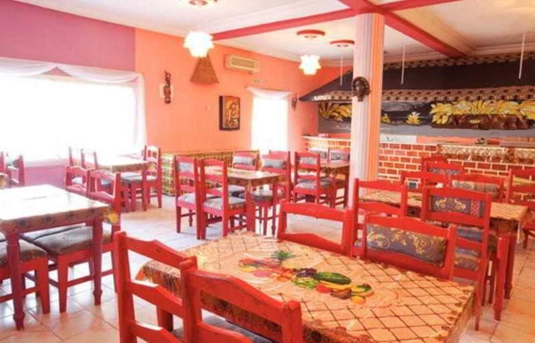 Palm Beach Hotel - Restaurant - 17