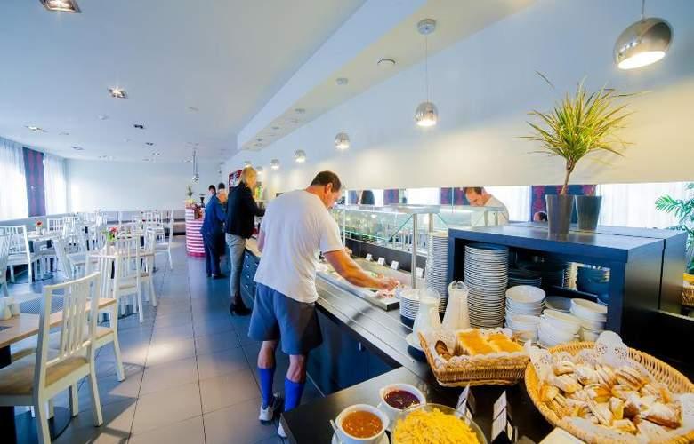 Tia - Restaurant - 18