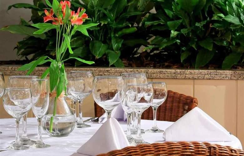 Mercure Curitiba Centro - Restaurant - 36