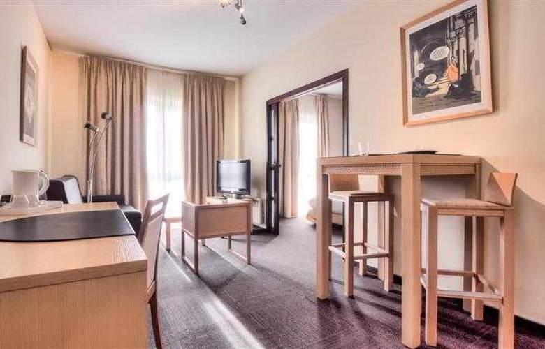 BEST WESTERN PLUS Hotel Casteau Resort Mons - Hotel - 42