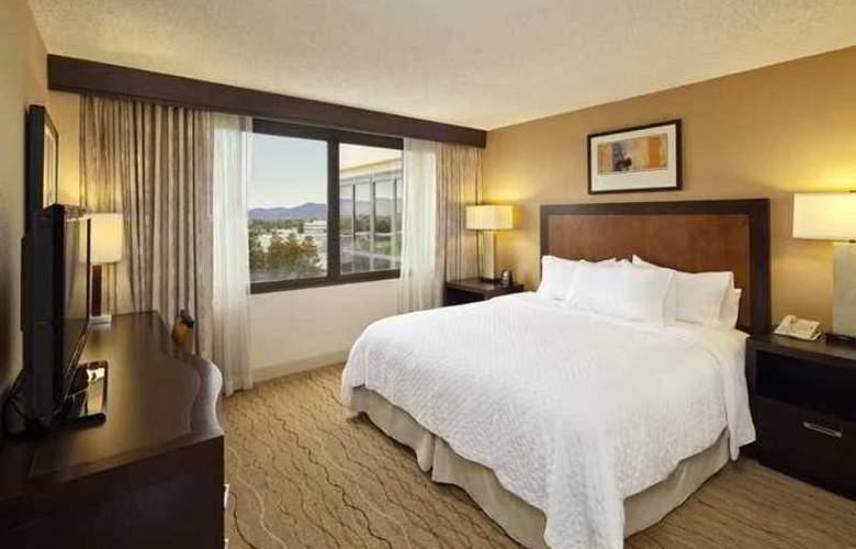 Embassy Suites Santa Clara Silicon Valley - Hotel - 1