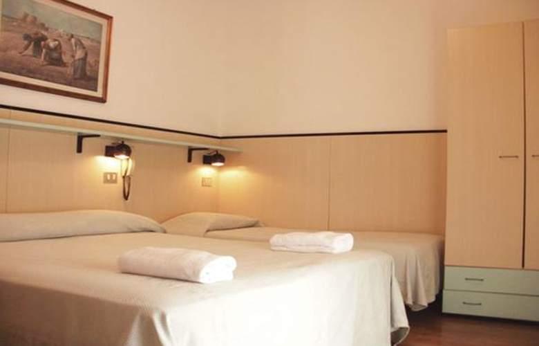 Rubino - Hotel - 4