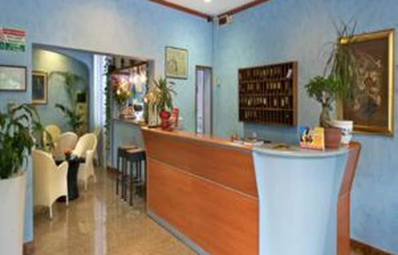 Roma - Hotel - 1