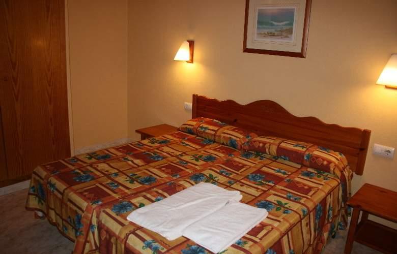Solvasa Cabo de Baños - Room - 9
