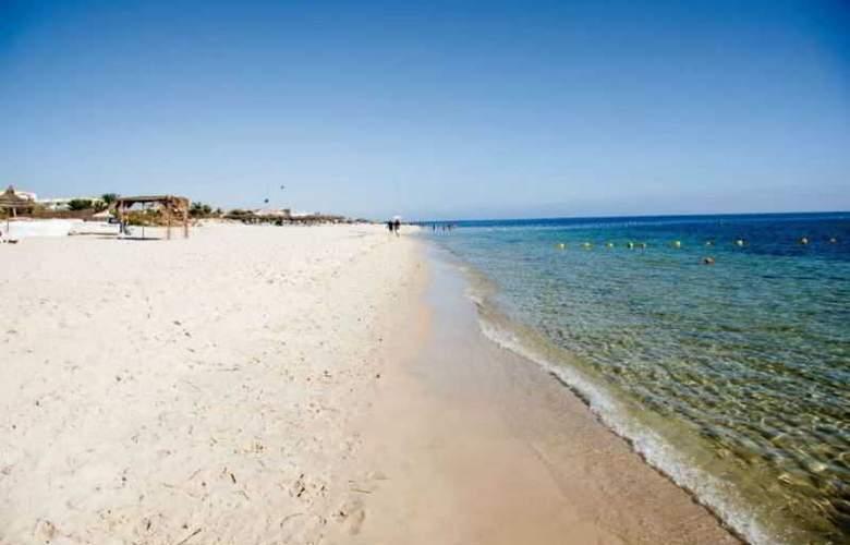 Imperial Marhaba - Beach - 12