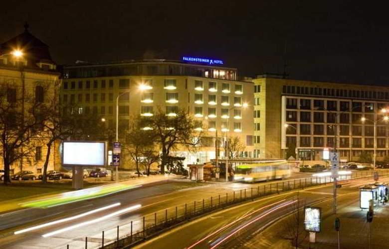 Falkensteiner Bratislava - Hotel - 0