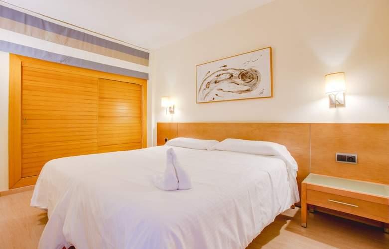 Fontanellas Playa - Room - 12