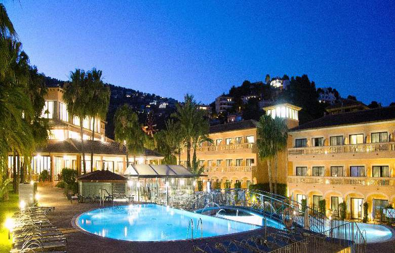 Mon Port Hotel Spa - Pool - 93