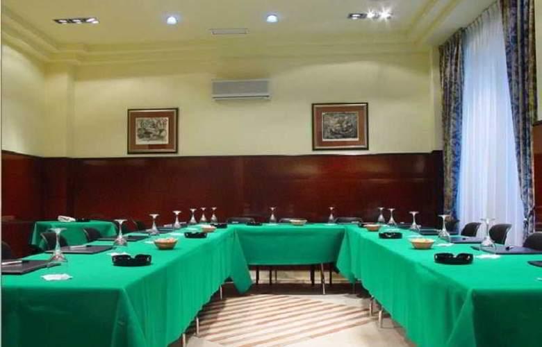 Hotel Sercotel Ciudad de Oviedo - Conference - 13