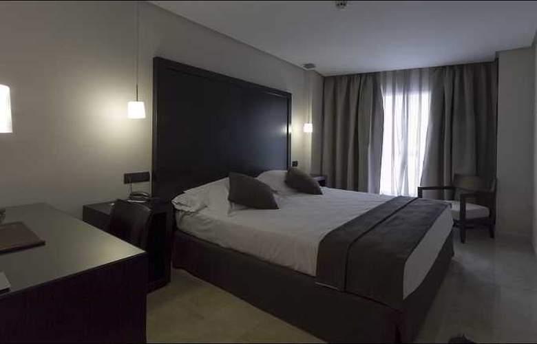 Fernando III - Room - 43