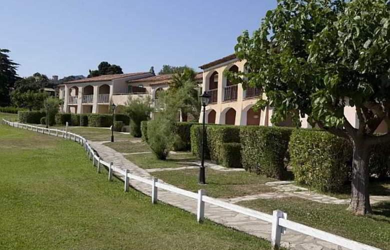 P&V Residence les Parcs de Grimaud - Hotel - 5