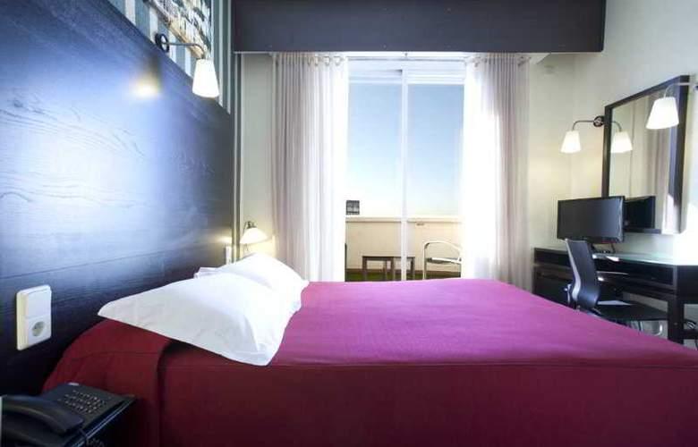 HRC Hotel - Room - 7