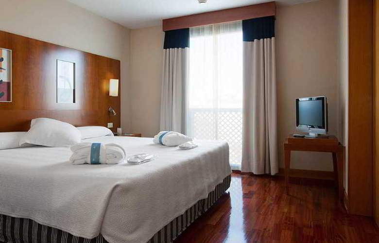NH Malaga - Room - 2