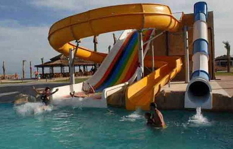 Caribbean World Resort - Pool - 6
