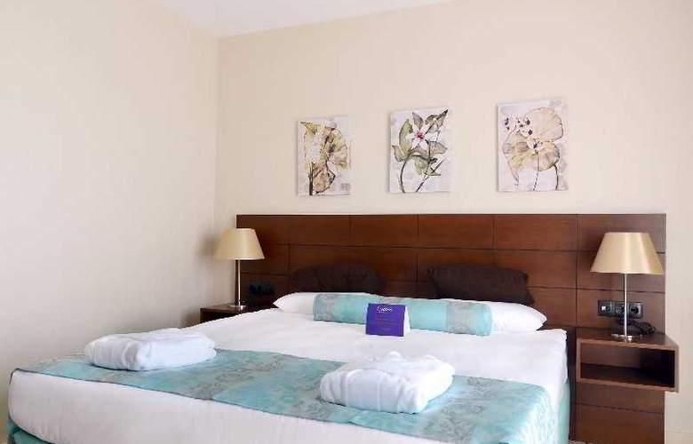 Listana - Room - 12