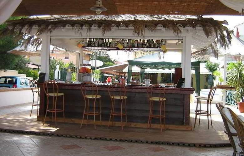 Caravel Pool (Marilenna) - Bar - 7
